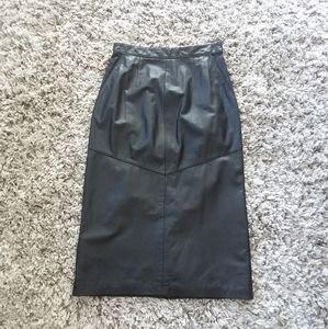 Vintage genuine leather black midi pencil skirt